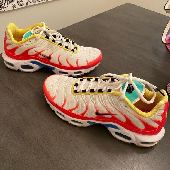 Nike Shoes   Nike Air Max Plus Womens